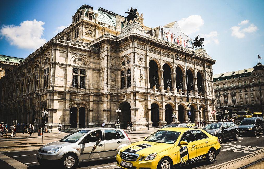 viyana opera binasi