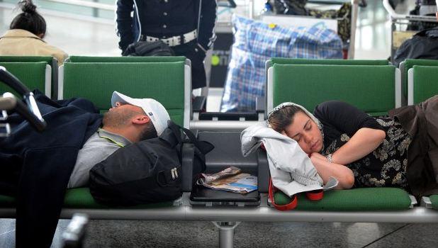havaalanında uyuma