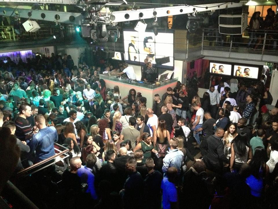 docks club lizbon
