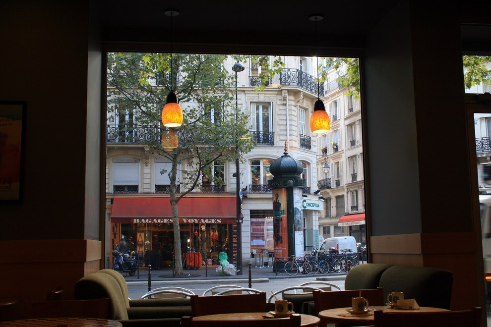 paris starbucks