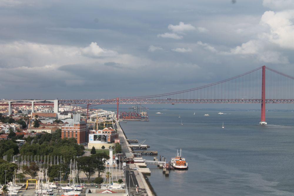 25 Nisan Köprüsü, Lizbon
