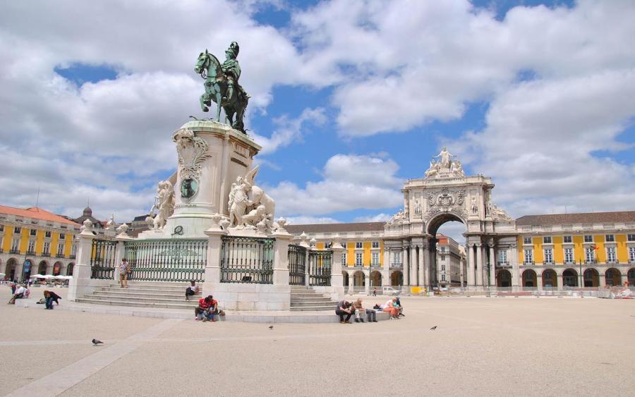 lizbon ticaret meydani