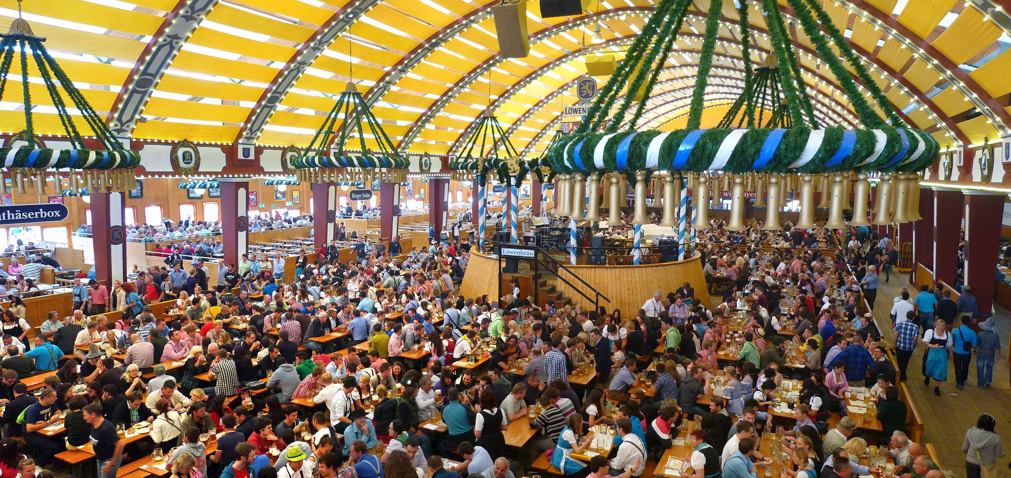 munchen_lowenbrau-festhalle_oktoberfest_2012_03