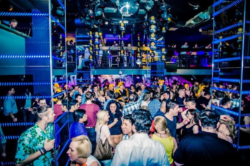 Varşova Gece Hayatı – Gece Kulüpleri