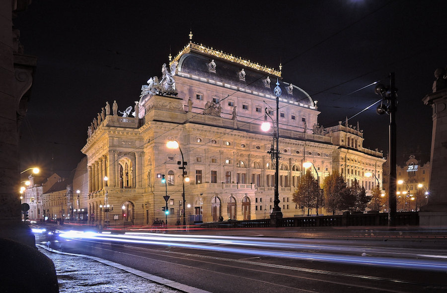 prag-ulusal-tiyatro