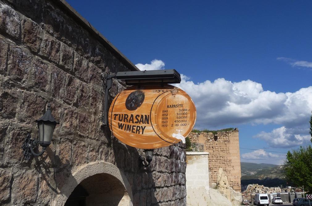 turasan şarap evi